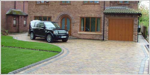 Tegula Pennent Grey Block Paving Border