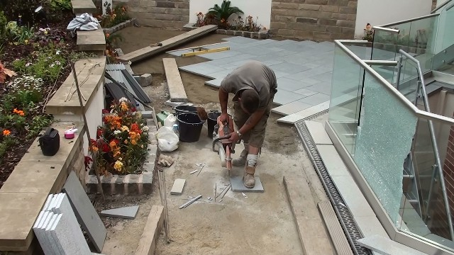 Cutting the marshalls eclipse granite to size