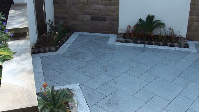 The finished Marshall's Eclipse Granite patio, it took less than 1 hour to point all the patio joints