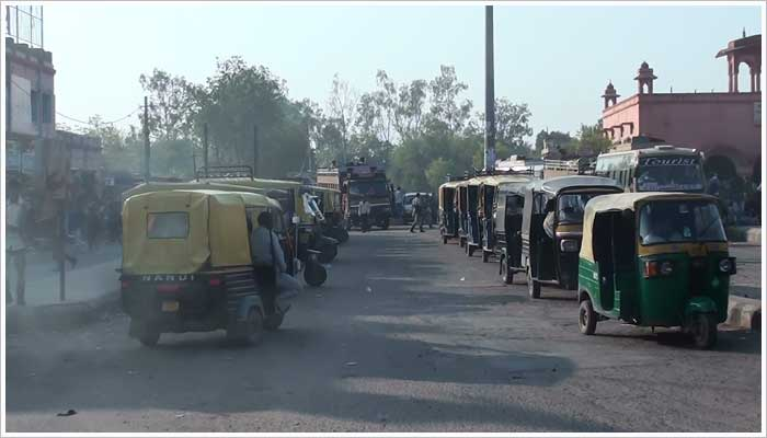 The Taxi rank outside the station in Bharatpur Jn