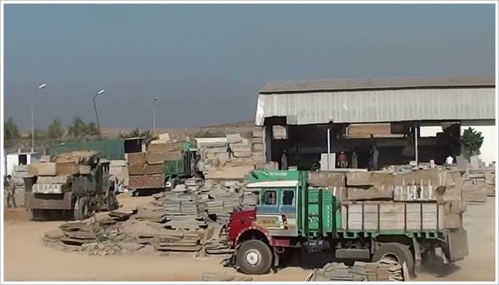 3 more lorry loads of stone blocks arrive from the quarry