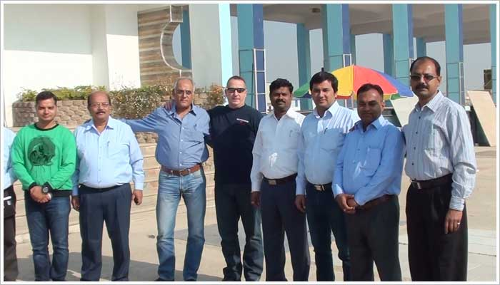 Stoneshippers are lead and managed by a group of highly qualified and experienced professionals with Anil the General Manager of Stoneshippers based in their Mumbai office and KK Saxena the General Manager of Operations in Kota
