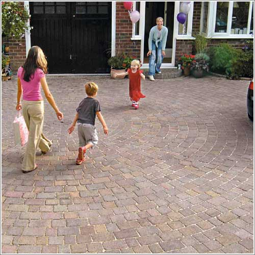 Drivesett Tegula Block Paving Circle